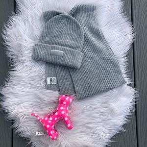 VS PINK scarf and hat set